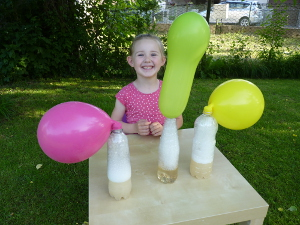 Pokusy a experimenty s balónmi
